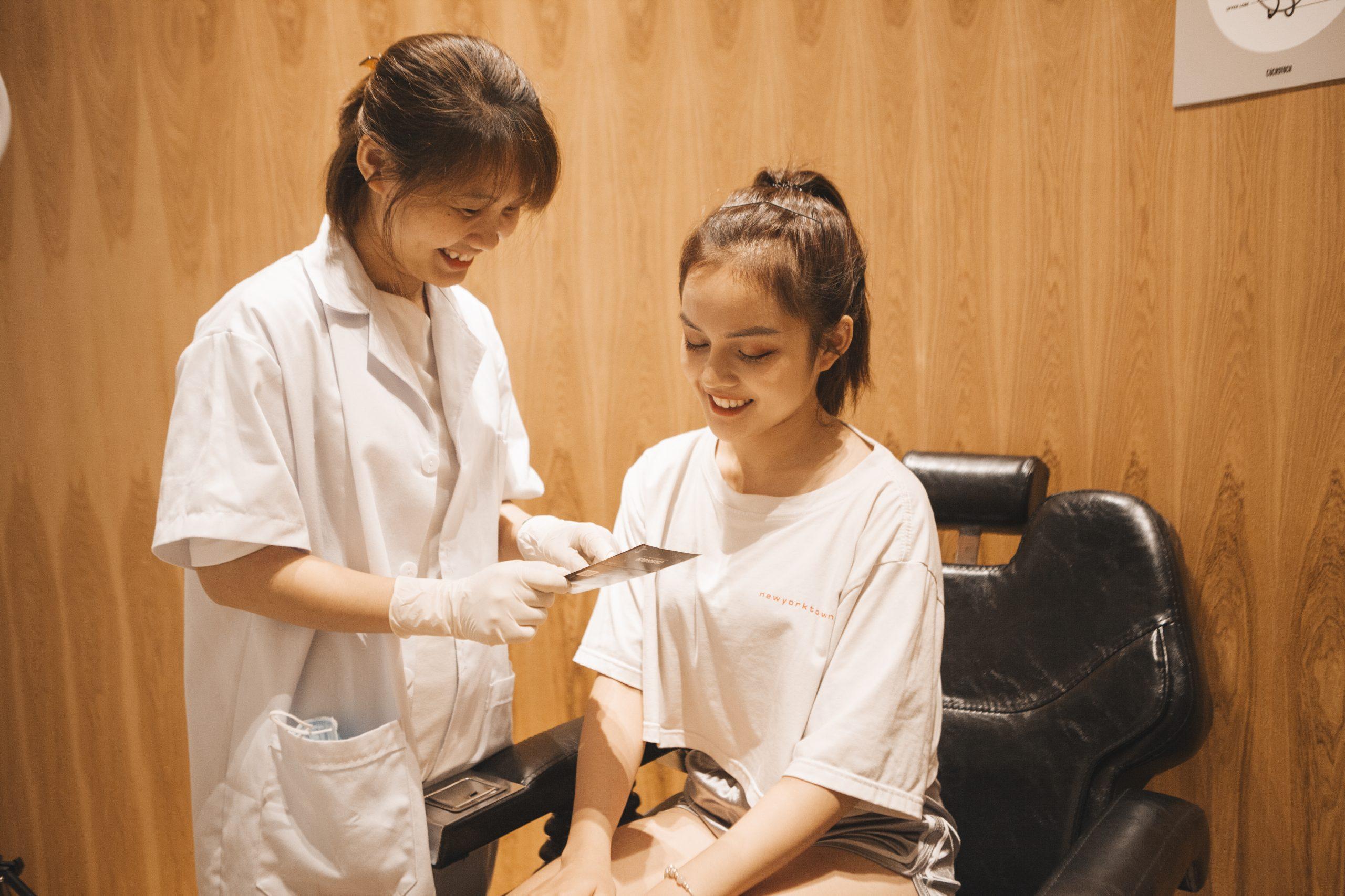 Dịch vụ kiểm tra & chăm sóc lỗ xỏ với y tá chuyên môn chỉ có tại CockStock